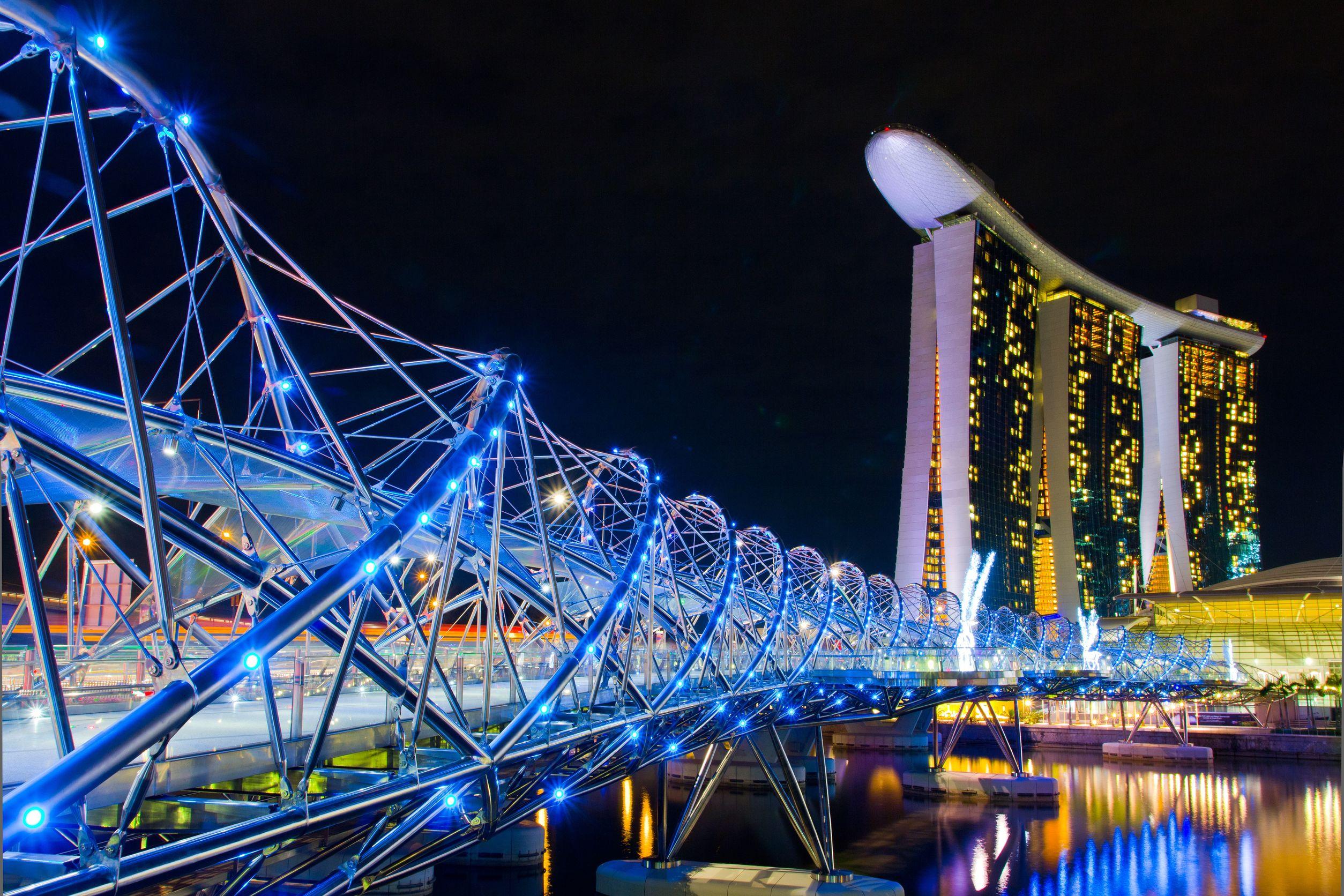 Фото моста ДНК в Сингапуре