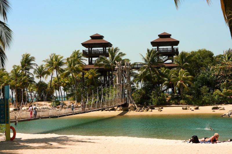 Фото пляжа Палаван на острове Сентоза