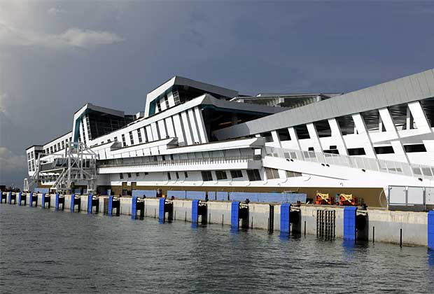 Круизный Центр Марина бей в Сингапуре (Marina Bay Cruise Center)