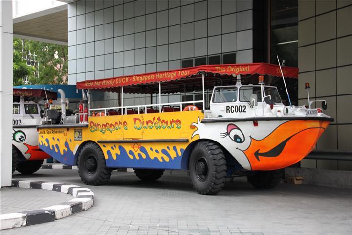 Автобусы-амфибии в Сингапуре (Duck Tours Singapore)